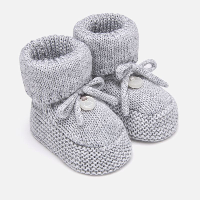 99cdae95353 Knit booties for newborn baby Pearl - Mayoral
