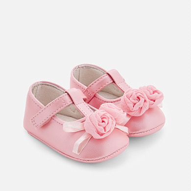 Floral Mary Jane shoes for newborn girl
