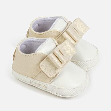 Bebe feminino Sapatos de bebê em dourado, compare preços e