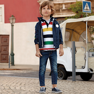 d35bb44b45 Pantalón vaquero regular fit niño