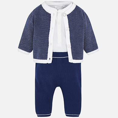 Knitted set with trousers for newborn boy