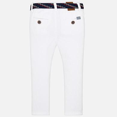 1a916c869bb4 Παντελόνι μακρύ slim fit με ζώνη αγόρι Λευκό - Mayoral