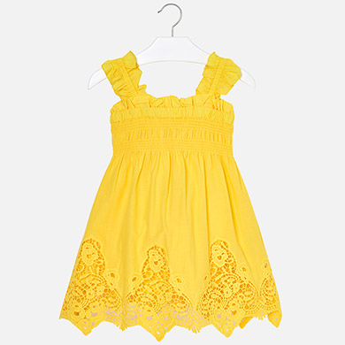 61e9ad44f Vestido tirantes bordado niña Amarillo - Mayoral