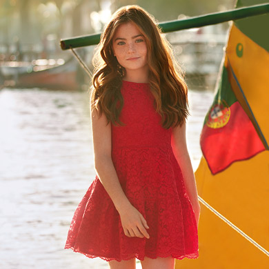 b7ad0a71ffb Lace flared dress for girl