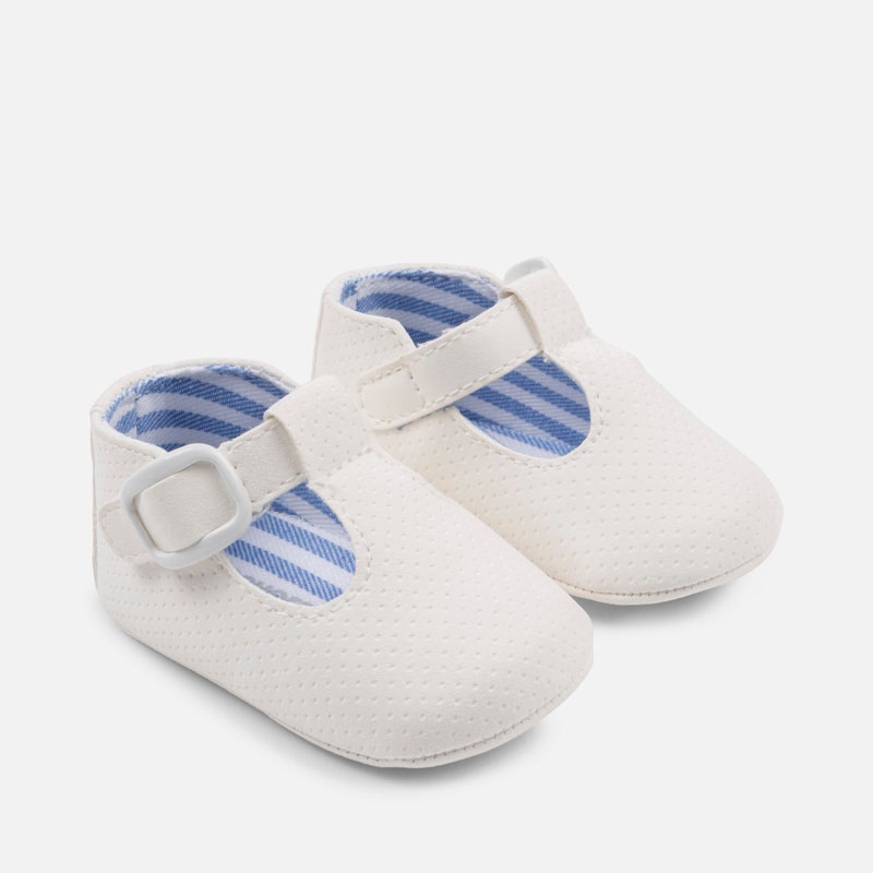 9e3489473d787 Leatherette shoes for newborn boy White - Mayoral