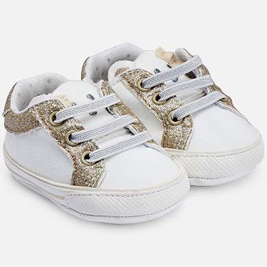 9f66ce0f9ae Zapatillas deportivas orejitas bebé recién nacida