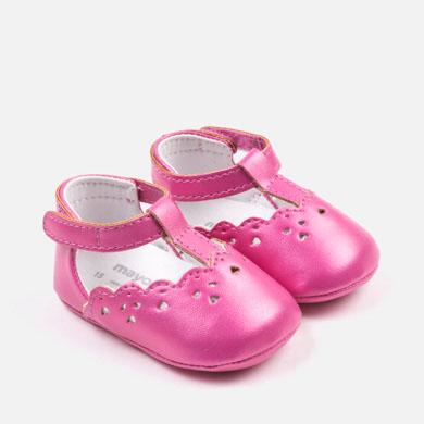ac884572a Zapatos calados bebé recién nacida