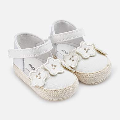 b72c3c798df Sandalias tipo alpargatas bebé recién nacida