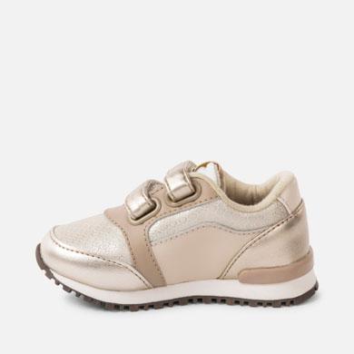 bb7972c85a5 Zapatillas deportivas metalizadas bebé niña Champán - Mayoral