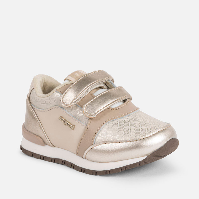 3d5cb0e0d Zapatillas deportivas metalizadas bebé niña Champán - Mayoral