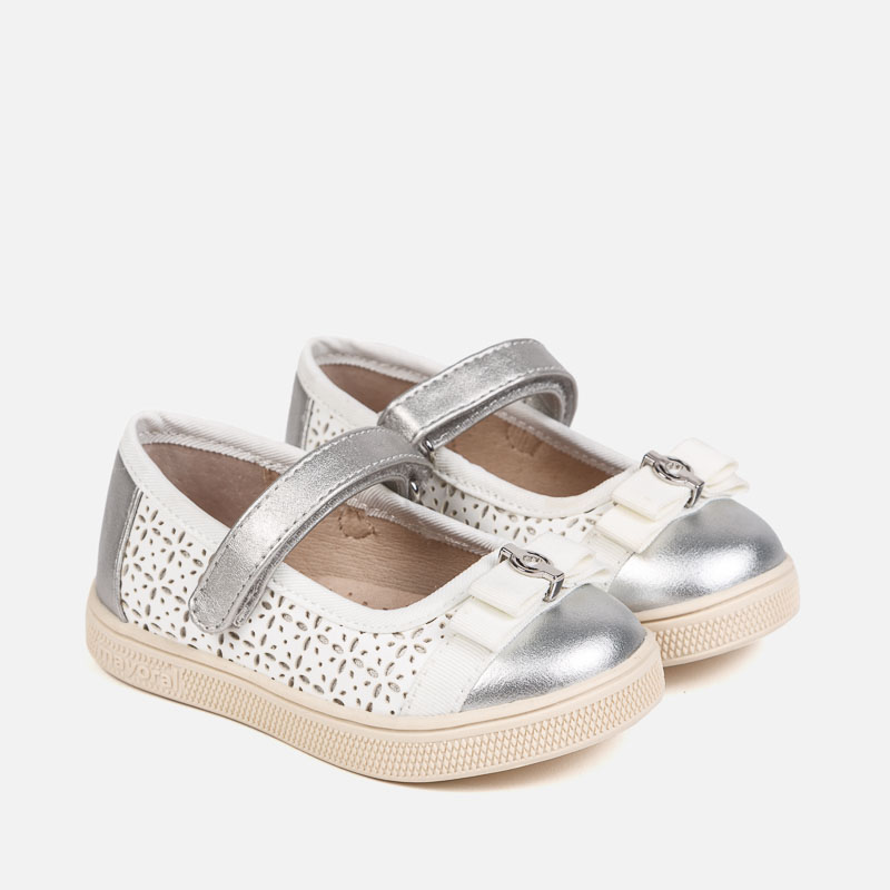 734fa4de5d722 Sporty Mary Jane shoes for baby girl White-Silver - Mayoral