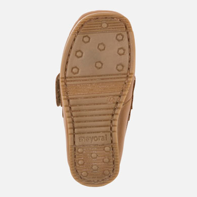 f61efda3b7df Leather boat shoe with velcro for baby boy Camel - Mayoral