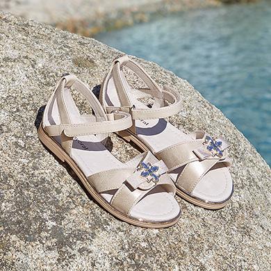 882751db8e1 Zapatos para niña - Mayoral