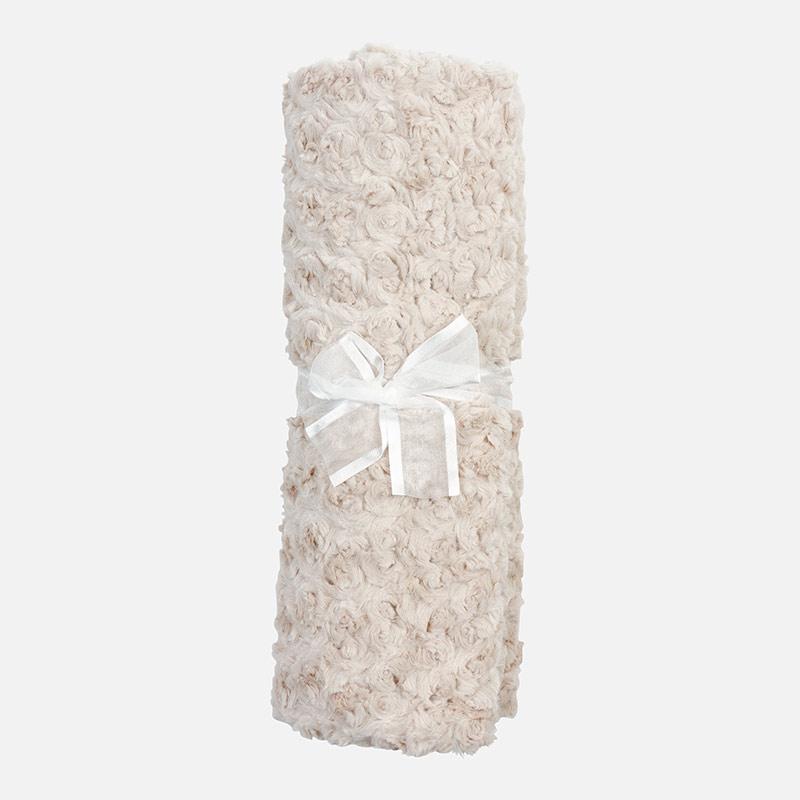 Manta de bebé de pelo rosetones Avellana - Mayoral